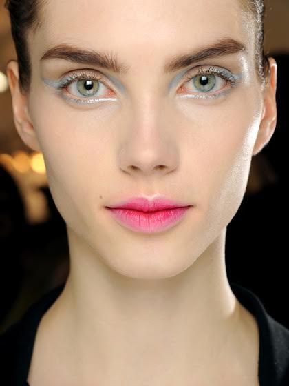 blurred-lips
