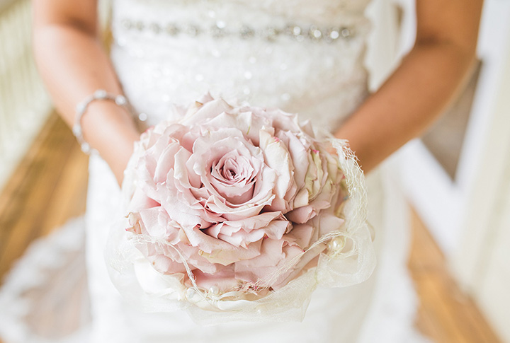 8 Types of Bridal Bouquets - Calyxta